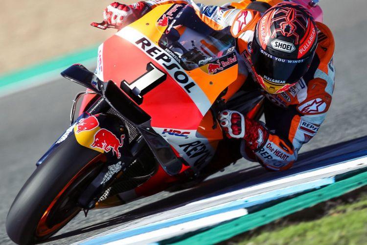 Tampilan pebalap Repsol Honda Marc Marquez menggunakan motor balap nomor 1 yang diunggah di akun twitter, @marcmarquez93.
