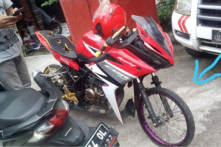 CBR150RR modifikasi yang viral karena menjadi korban rem blong di Pacet, Mojokerto