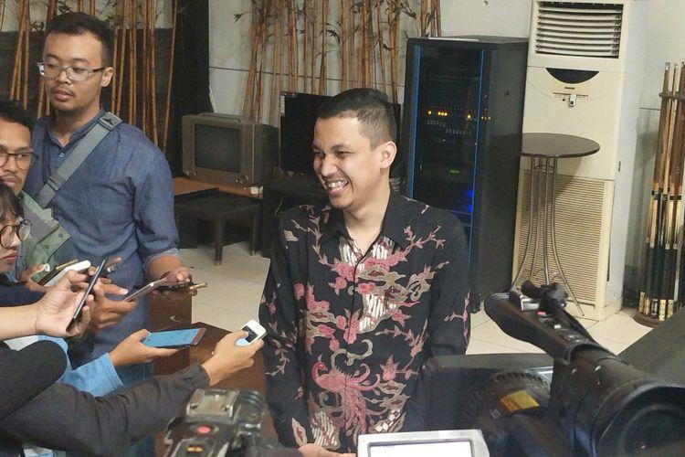Peneliti LSI Denny JA, Ardian Sopa usai memaparkan hasil survei, Jakarta, Selasa (8/5/2018).