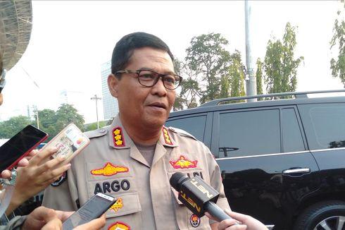 Terduga Anggota Kelompok Anarko Ditangkap di Depan Gedung DPR/MPR RI