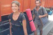 Warga Ciawi Heran Lihat Turis Rusia Jalan Kaki ke Pelabuhan Ratu