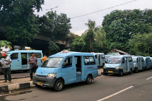 Sopir Angkot M 44 Demo di Tebet, Protes Banyaknya Jumlah Transjakarta