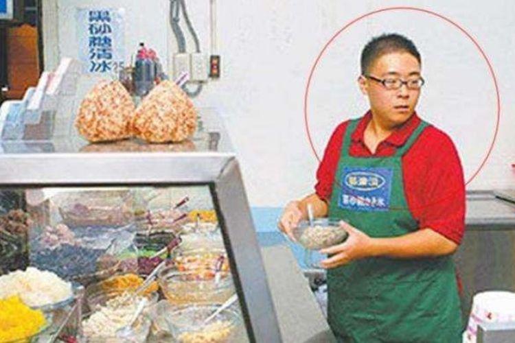Hao Shaowen alias Boboho setelah dewasa.