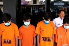 Diantar Orangtua, Pelaku yang Bakar Remaja di Bekasi Menyerahkan Diri