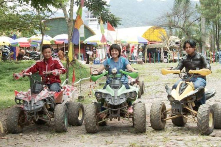 Motor ATV di Taman Wisata Matahari, Puncak, Jawa Barat.