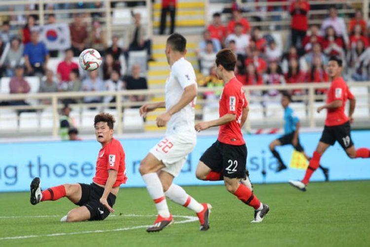 Kekalahan dari Korea Selatan, Rabu (16/1/2019), membuat China harus puas finis di posisi kedua Grup C Piala Asia 2019.