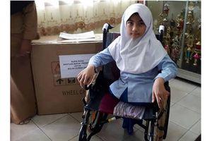 Bulan, Bocah Difabel Sang Juara Kelas dan Kursi Roda Impian dari Jokowi