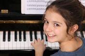 Orangtua, Belajar Piano Bisa Tingkatkan Kecerdasan Kognitif Si Kecil