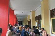 Pendaftar PPDB Membeludak, SMPN 115 Jakarta Terapkan Sistem Antre seperti di Bank