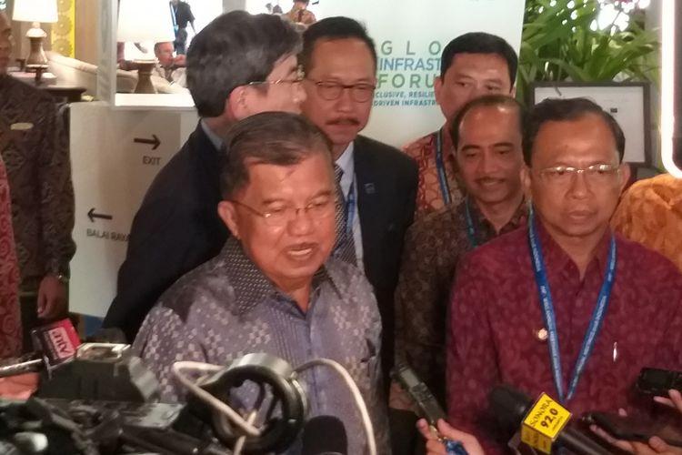 Wakil Presiden Jusuf Kalla pada acara Global Infrastructure Forum 2018 di The Laguna Hotel, Nusa Dua, Bali, Sabtu (13/10/2018).