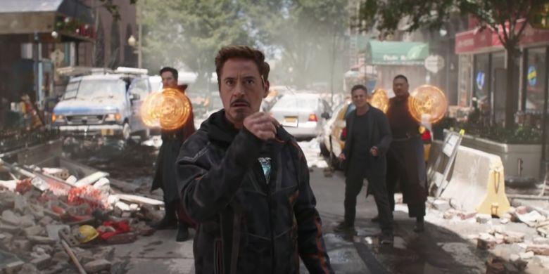 Kemunculan Tony Stark bersama pahlawan super lainnya dalam Avengers: Infinity War.