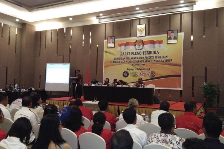 Suasana rapat pleno terbuka penetapan pasangan calon peserta pemilihan gubeenur dan wakil gubernur Nusa Tenggara Timur Tahun 2018