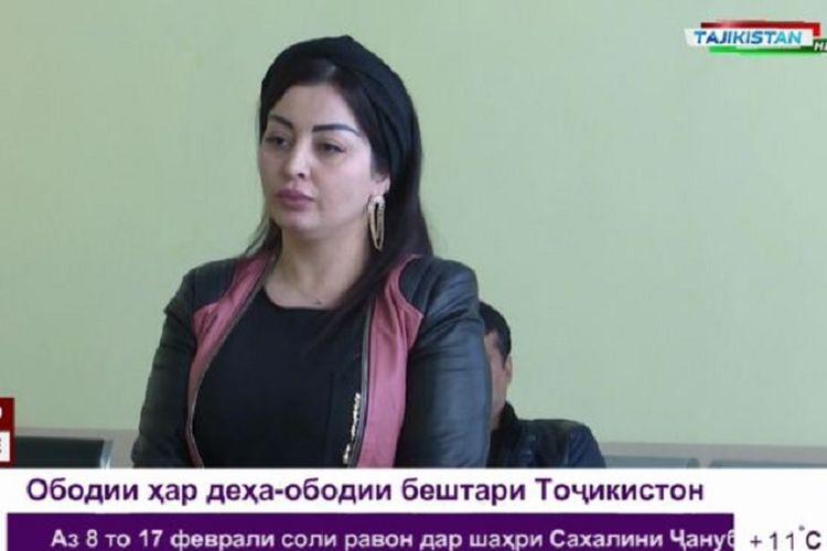 Bintang pop Tajikistan, Firusa Khafizova.