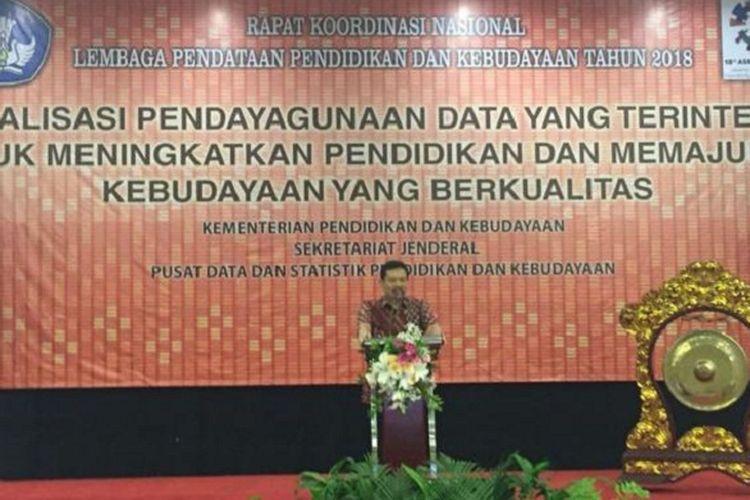 Sekretaris Jenderal (Sesjen) Kementerian Pendidikan dan Kebudayaan (Kemendikbud) Didik Suhardi dalam Rapat Koordinasi Nasional Lembaga Pendataan Tahun 2018 di Hotel Kartika Chandra Jakarta, Selasa (13/3/2018).