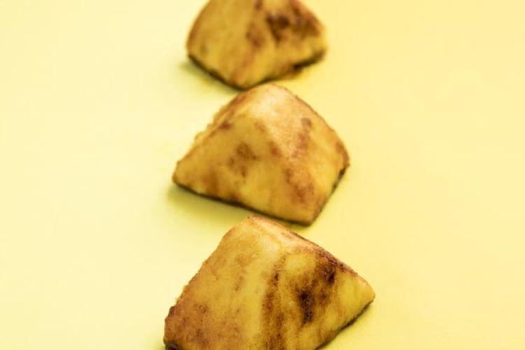 Sweet Potato ini adalah produk andalan dari toko kue Kona to Tamago di Jiyugaoka (daerah yang terkenal dengan banyak toko dessert), Tokyo, Jepang.