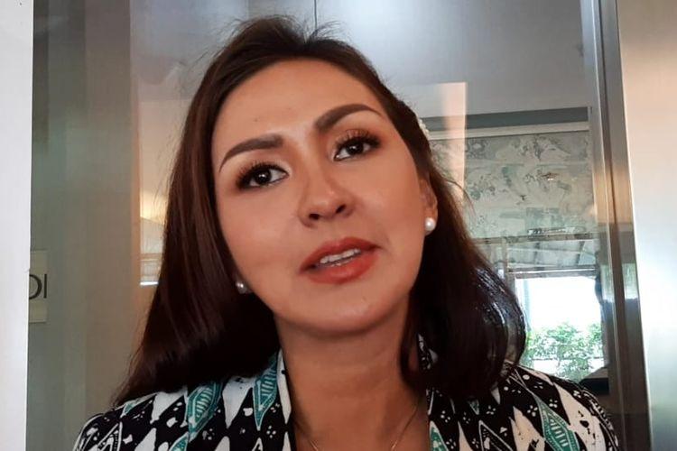 Pembawa acara Donna Agnesia saat ditemui di sebuah acara di kawasan Sudirman, Jakarta Selatan, Selasa (18/6/2019).