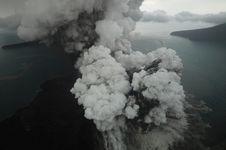 Badan Geologi Siapkan Sistem untuk Deteksi Aktivitas Anak Krakatau