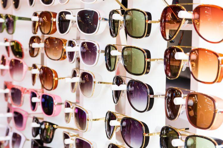 Warna Lensa Kacamata Apa yang Cocok Untuk Kegiatan Anda  - Kompas.com 9aac79fc44