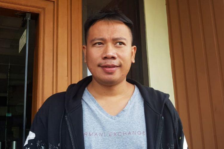 Vicky Prasetyo saat menghadiri sidang cerainya dengan Angel Lelga di Pengadilan Agama Jakarta Selatan, Kamis (10/1/2019) siang.