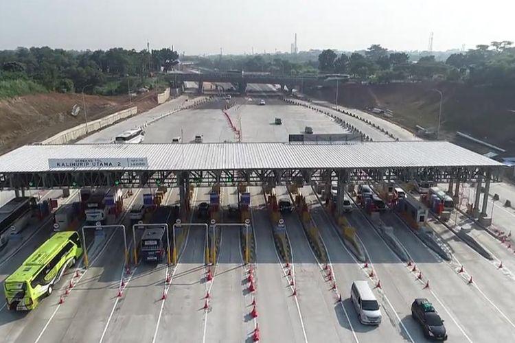 Sebanyak 553.116 kendaraan meninggalkan Jakarta menuju arah Timur, arah Barat dan arah Selatan .
