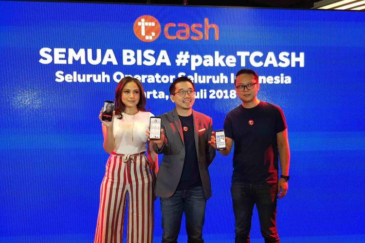 Telkomsel mengumumkan layanan uang elektronik TCash resmi dibuka untuk semua pengguna operator seluler dalam acara TCash Semua Bisa, Selasa (17/7/2018), di kantor TCash, Energy Building, Jakarta.