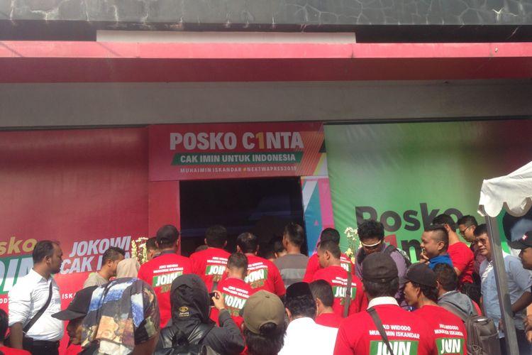 Posko Cinta Jokowi-Cak Imin (Join) di Semarang, Jawa Tengah.