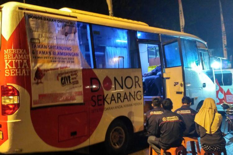 PMI Banyuwangi Jemput Bola Penuhi Stok Darah
