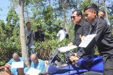 Rekontruksi Kasus Pembunuhan di Cianjur, Korban Sempat Kebal Dibacok