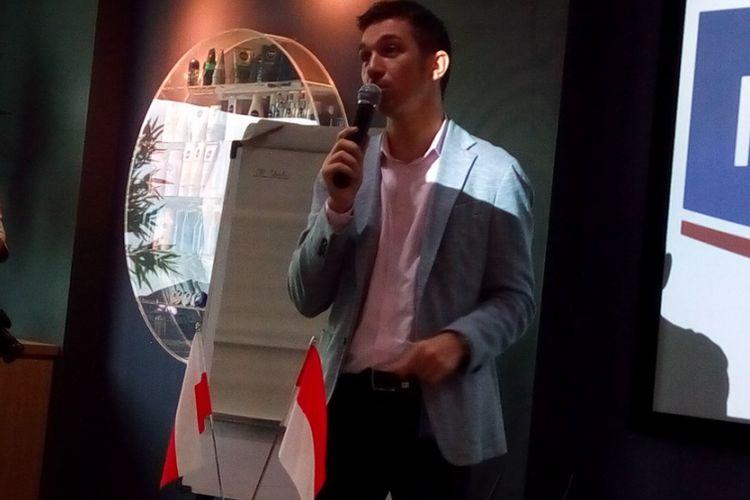 Marketing Director PT Beiersdorf Indonesia Tomasz Schwarz