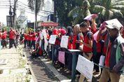 Sulit Cari Kerja Setelah di-PHK, Eks Karyawan 7-Eleven Pilih jadi Ojek Online