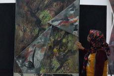 Menengok Arti Lukisan Abstrak dari Tikar Mendong