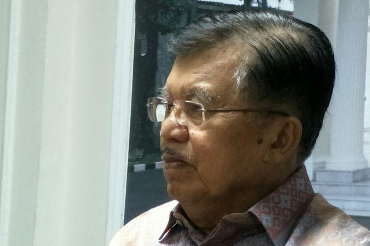 Wakil Presiden RI Jusuf Kalla ketika ditemui di Istana Wakil Presiden RI, Jakarta, Rabu (20/12/2017).