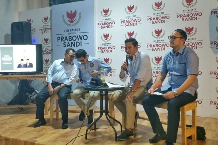 Bendahara BPN Thomas Djiwandono saat memberikan keterangan di media center pasangan Prabowo-Sandiaga, Jalan Sriwijaya, Jakarta Selatan, Rabu (28/11/2018).