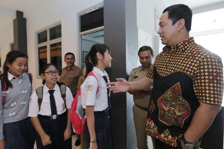 Di Hadapan Peserta UNBK SMP, Wali Kota Semarang Pimpin Doa