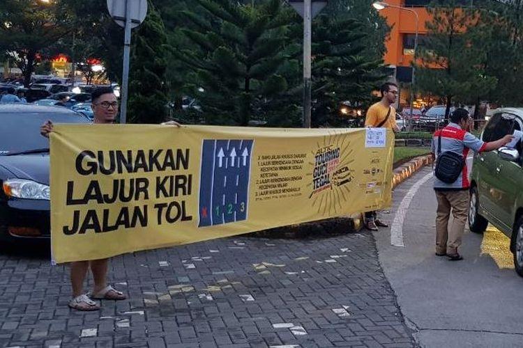 Aksi turun ke jalan kampanye anti bahu jalan