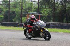 Jajal Kencangnya Motor Balap Marquez Versi Jalanan