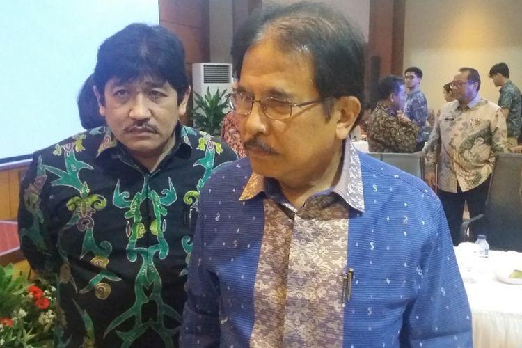 Menteri Agraria dan Tata Ruang (ATR)/Kepala Badan Pertanahan Nasional (BPN) Sofyan Djalil (kanan).