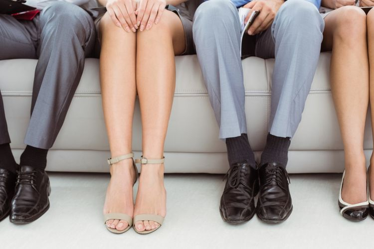 Sepatu untuk wawancara kerja