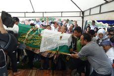 Menteri Agama Pimpin Doa di Pemakaman Sys NS