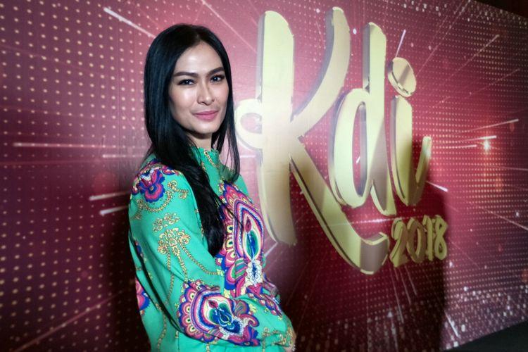Penyanyi dangdut Iis Dahlia dalam jumpa pers pelepasan finalis KDI 2018 di MNC Studios, Kebon Jeruk, Jakarta Barat, Rabu (3/10/2018).