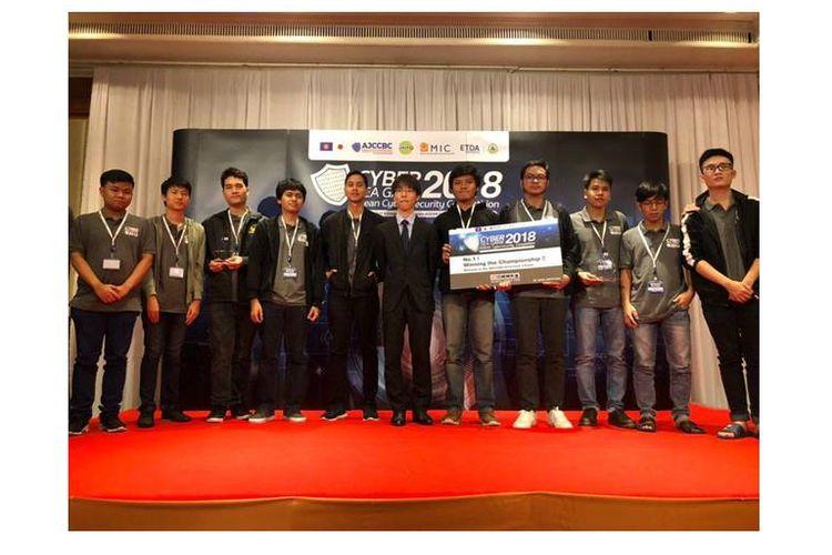 """Tim """"Hacker"""" Indonesia yang Juarai Cyber SEA Games 2018"""