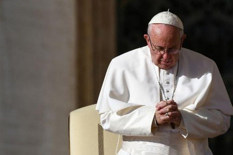 Paus Fransiskus akan berkunjung ke Bangladesh dan bertemu pengungsi Rohingya.
