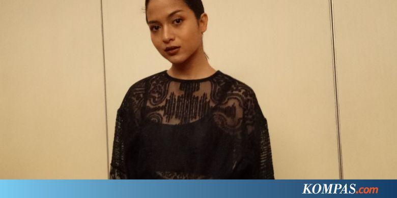Putri Marino Ogah Komentari soal Polemik Film Posesif
