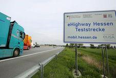 Jerman Pertama Kali Uji Coba Operasi Jalan Tol Listrik 'eHighway'