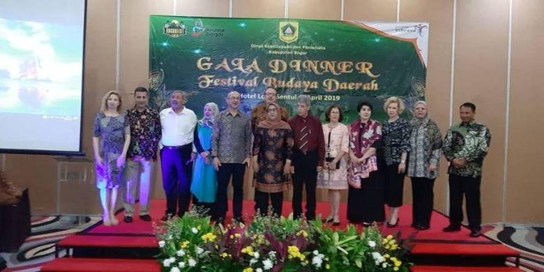 Pemerintah Kabupaten Bogor terus menggenjot sektor pariwisata, karena bidang ini dinilai sangat potensial untuk bisa dikembangkan. Bupati Bogor Ade Yasin, mempromosikan Kabupaten Bogor sebagai The City of Sport and Tourism