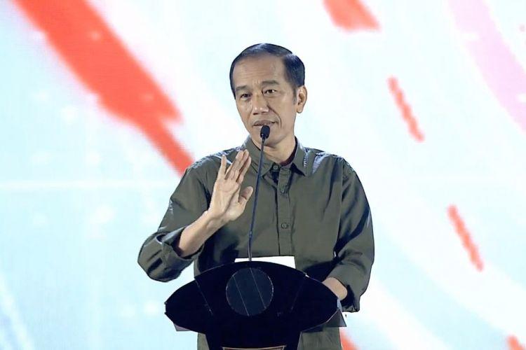 Presiden Joko Widodo saat berpidato dalam perayaan HUT ke-4 PSI di Jakarta, Minggu (11/11/2018).