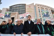 Pengadilan Turki Jatuhi Tiga Jurnalis Hukuman Penjara Seumur Hidup