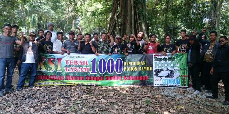 Mendukung program Citarum Harum, 10 komunitas di Karawang menanam 1.000 pohon bambu dan 10.000 bibit ikan, Kamis (15/3/2018).