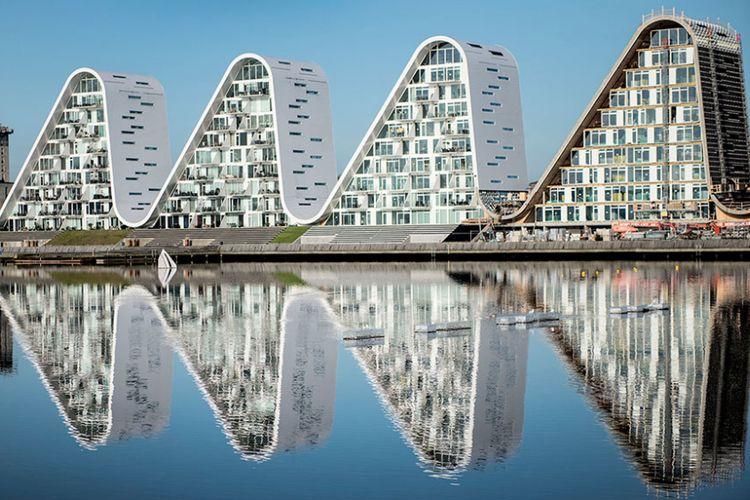 Bangunan yang digunakan sebagai area residensial tersebut dirancang dengan bentuk lima buah struktur