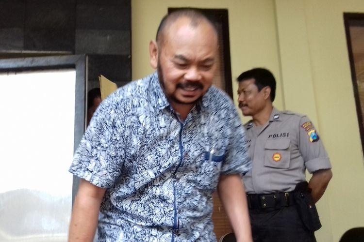 Salah satu saksi yang diperiksa penyidik KPK terkait kasus suap dan gratifikasi Bupati Malang non-aktif Rendra Kresna di Mapolres Malang Kota, Senin (26/11/2018)